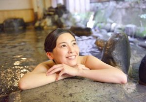 温泉の女性